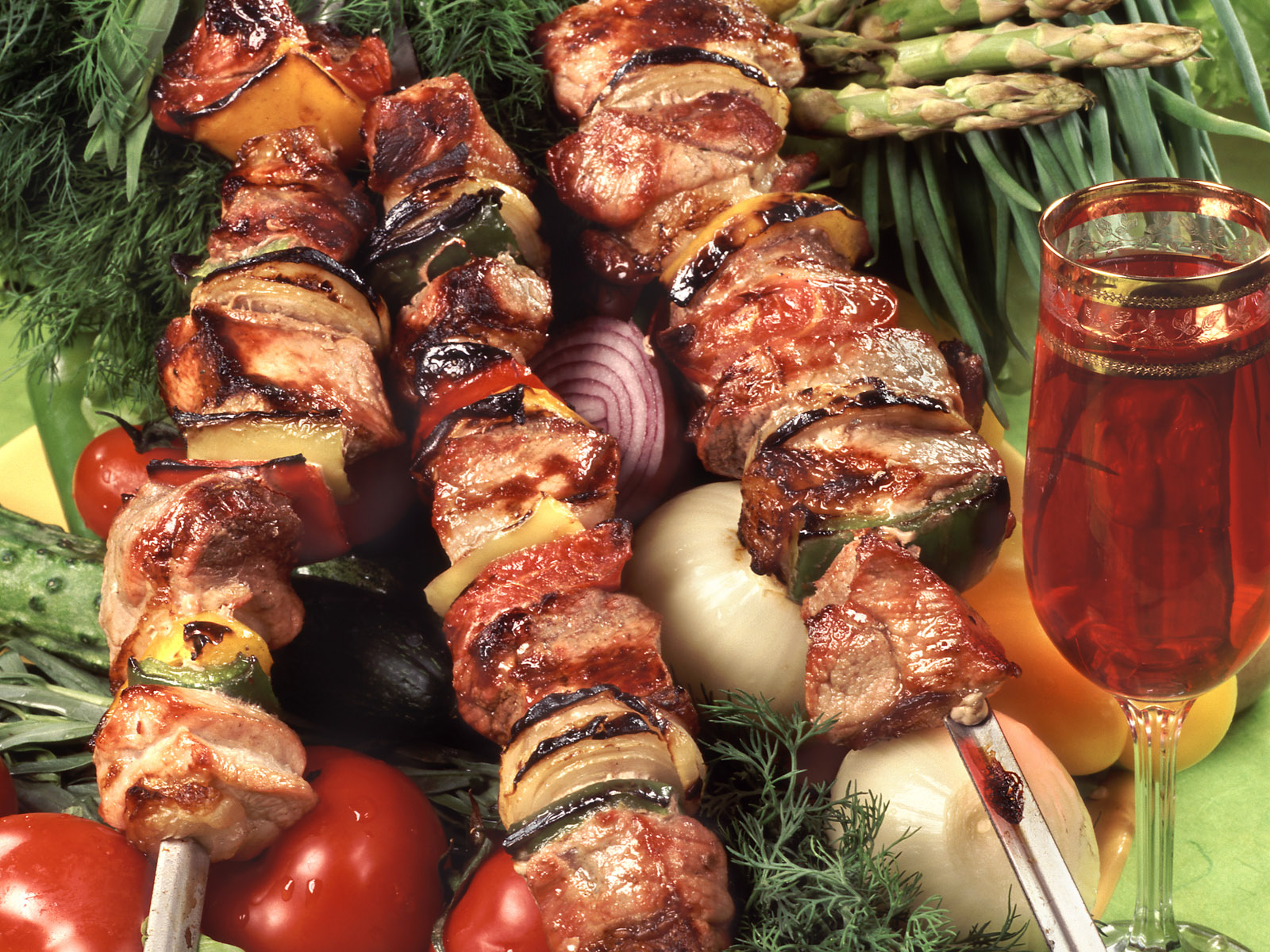Grapes and the Grill . . . by Joel Mann, Staff Wine Tasting Guy
