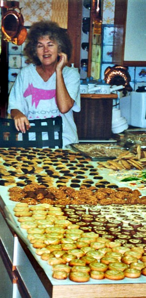 Aunt Edna's Best Rum Cookies Ever, by  popular demnad